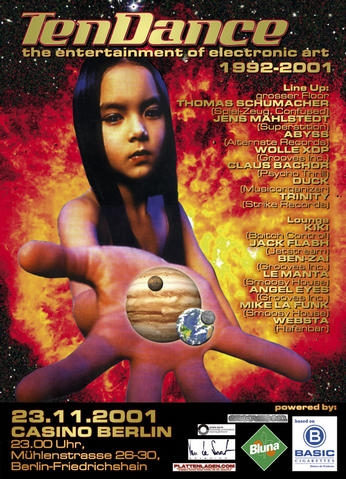 2001.11.23_Casino